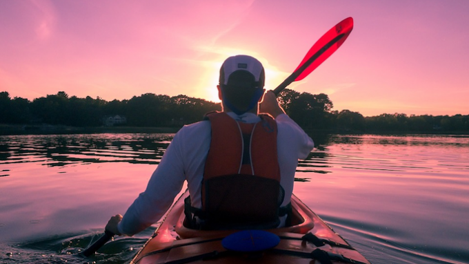 Twilight Kayak Tour @ Lewisville Lake Environmental Learning Area (LLELA)